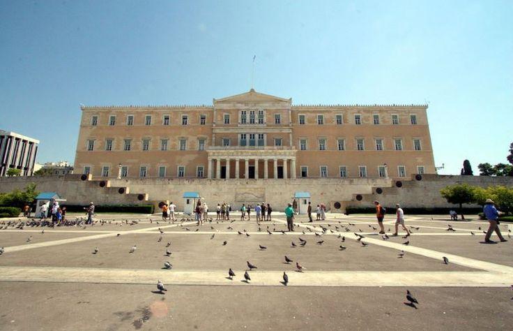 syntagma meydanı ile ilgili görsel sonucu