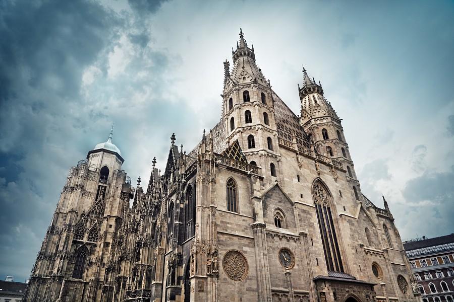 st stephan katedrali ile ilgili görsel sonucu